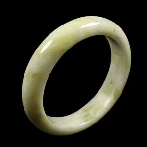 100% Natural Yellow Green Jade Bangle Bracelet